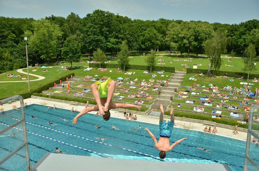 Schwimmbad_Schweinfurt_Silvana_J. Schwinn